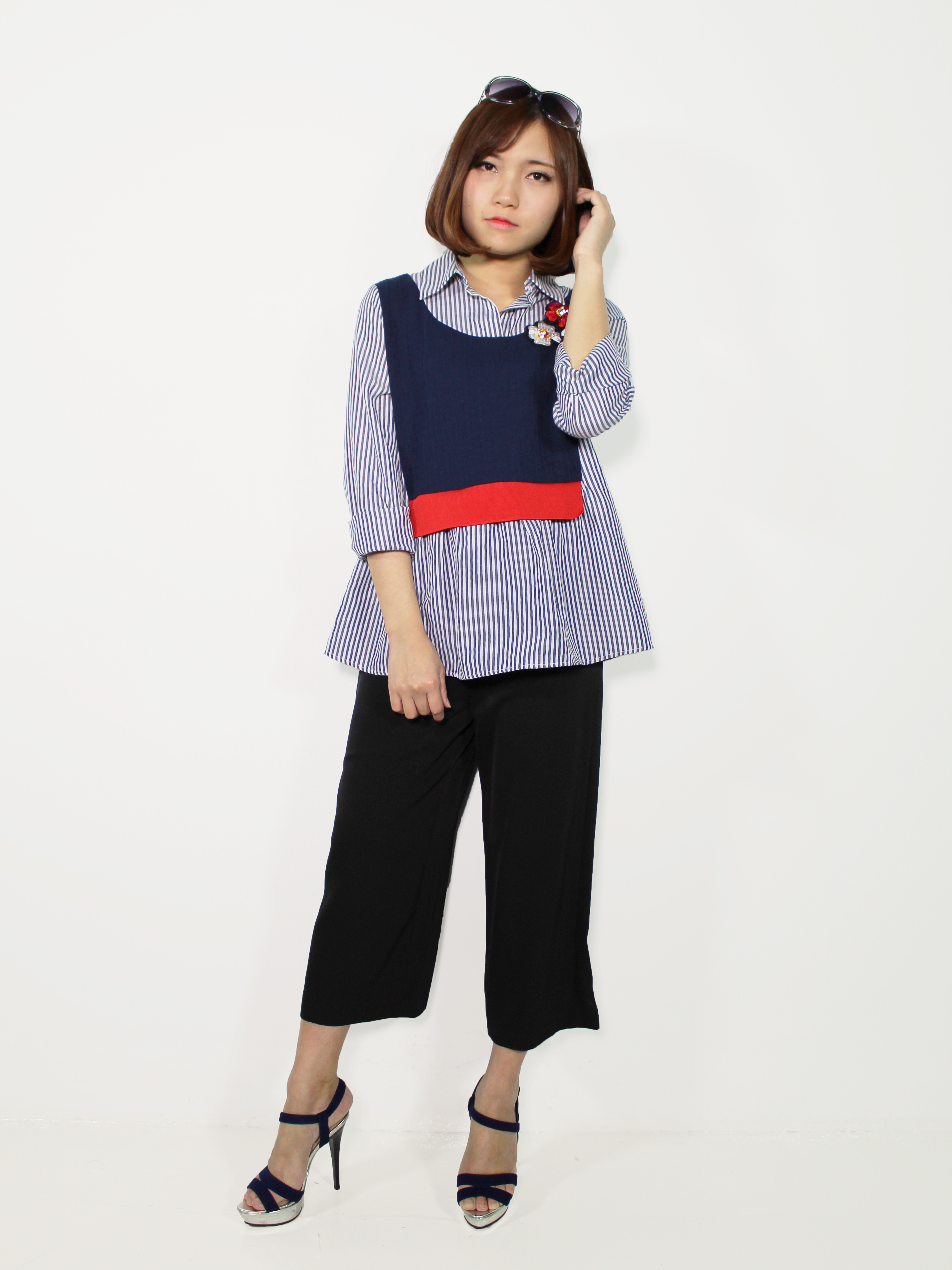 Contrasting Striped Top With Flower Appliqus Le Ann Maxima